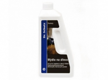 DR.SCHUTZ CC-Mýdlo na dřevo 750 ML